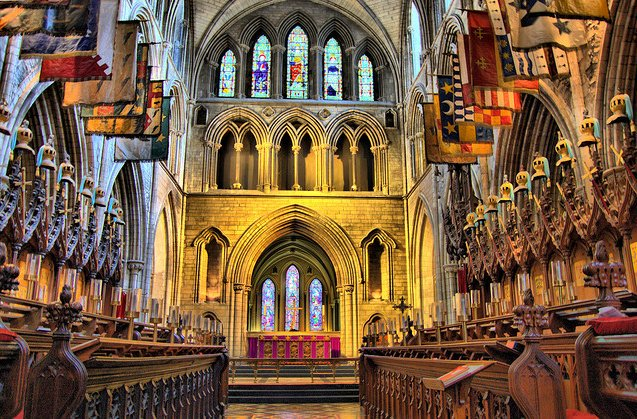 Interior da St. Patrick Cathedral